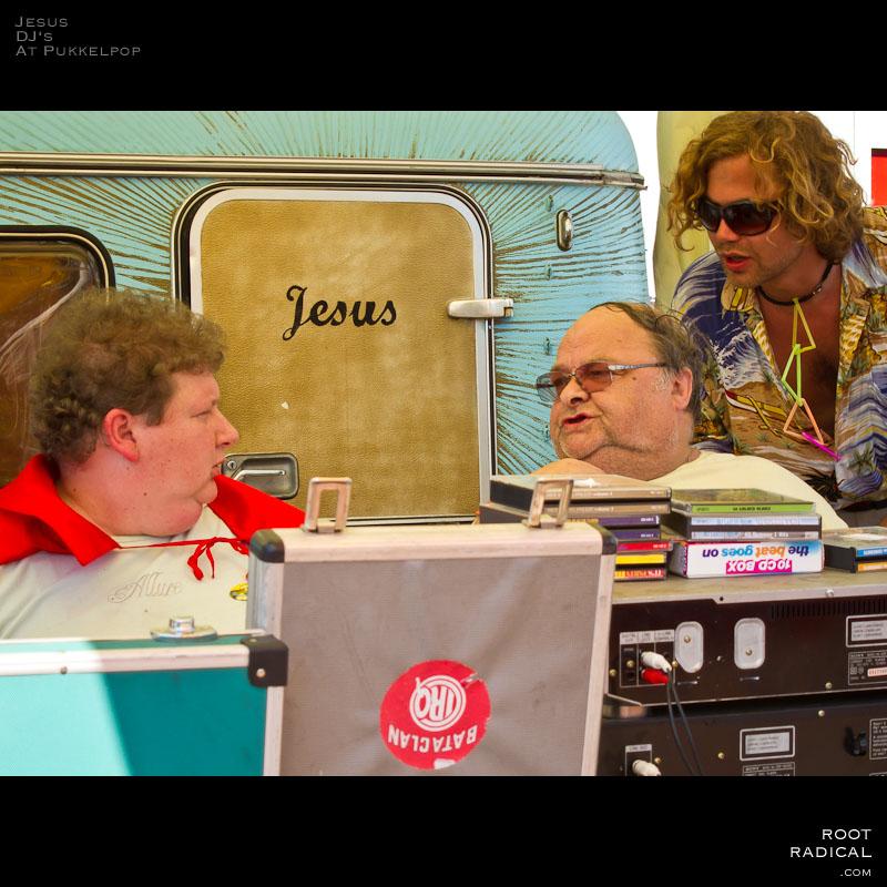 Jesus & the two DJs of Pukkelpop 2010 petit bazar